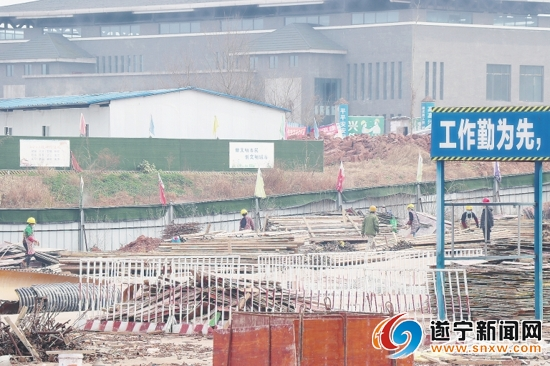 遂宁市270个建筑工地复工开工