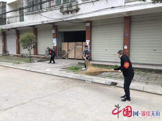 射洪市涪西镇大力开展爱国卫生运动 坚决打赢防疫阻击战