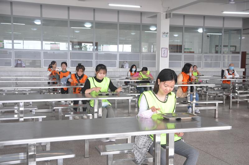 翠屏区率先开展复学应急演练 筑牢师生健康安全防线