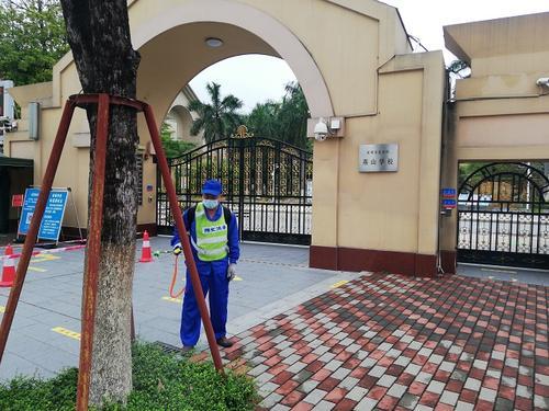 广安邻水县综合行政执法局全力开展校园周边环境整治