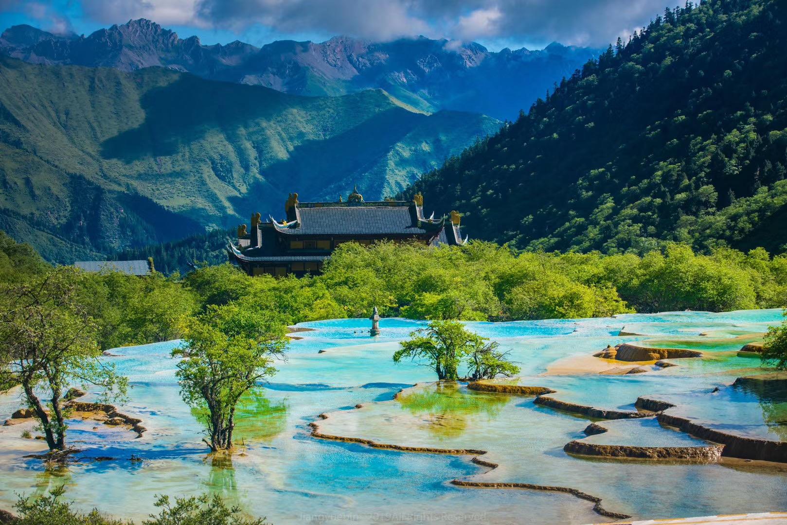 阿坝州文化和体育旅游局携手黄龙等景区 共赴兰州、西安送清凉