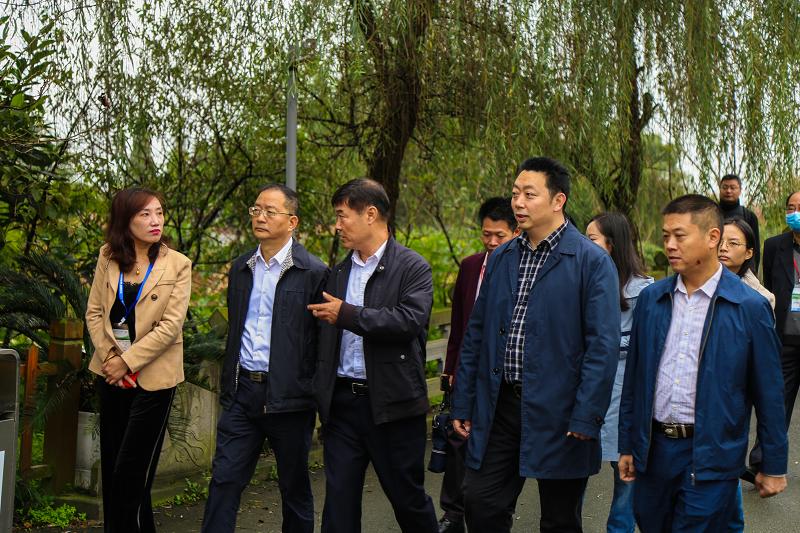 助力生态环境高水平保护 第二届中国环博会成都展参会代表团赴郫都区考察调研