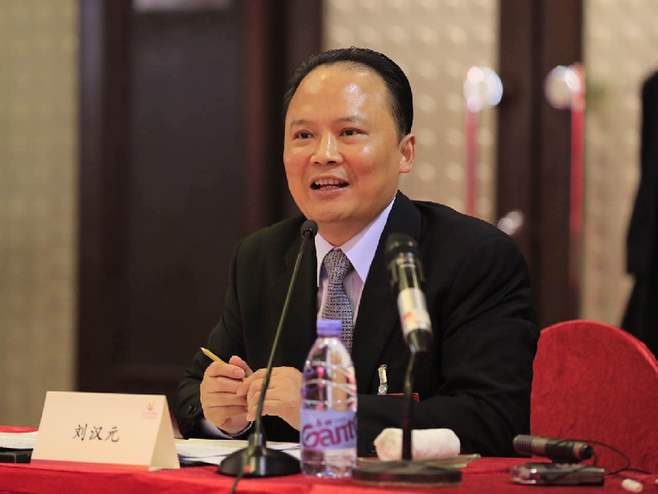A total of 54 people from Chengdu have made it to the list of The Richest People of China 2020!