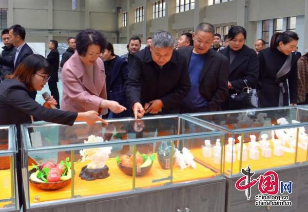 广元朝天区服务业发展大会现场参观活动侧记