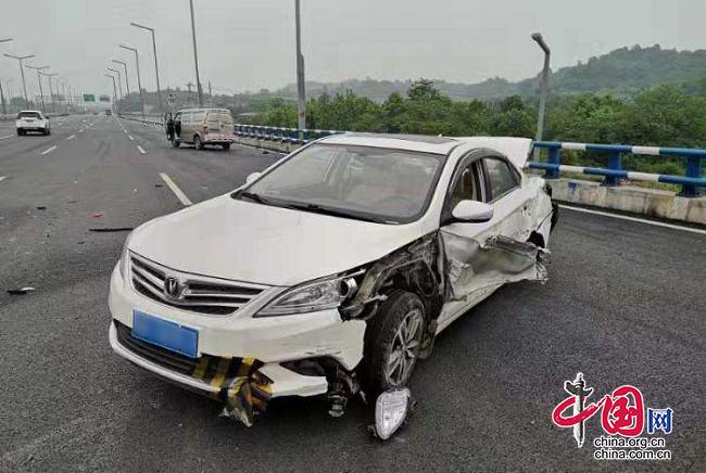 二次碰撞惨不忍睹安全防护不可轻视