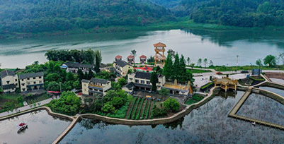 四川华蓥:滩涂变景点 助力乡村游