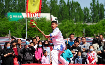China sees 230 mln domestic tourist trips during May Day holiday
