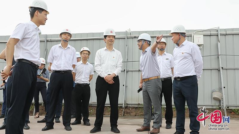 自贡市沿滩区委书记黄雪智督导重点项目安全生产和环境保护工作
