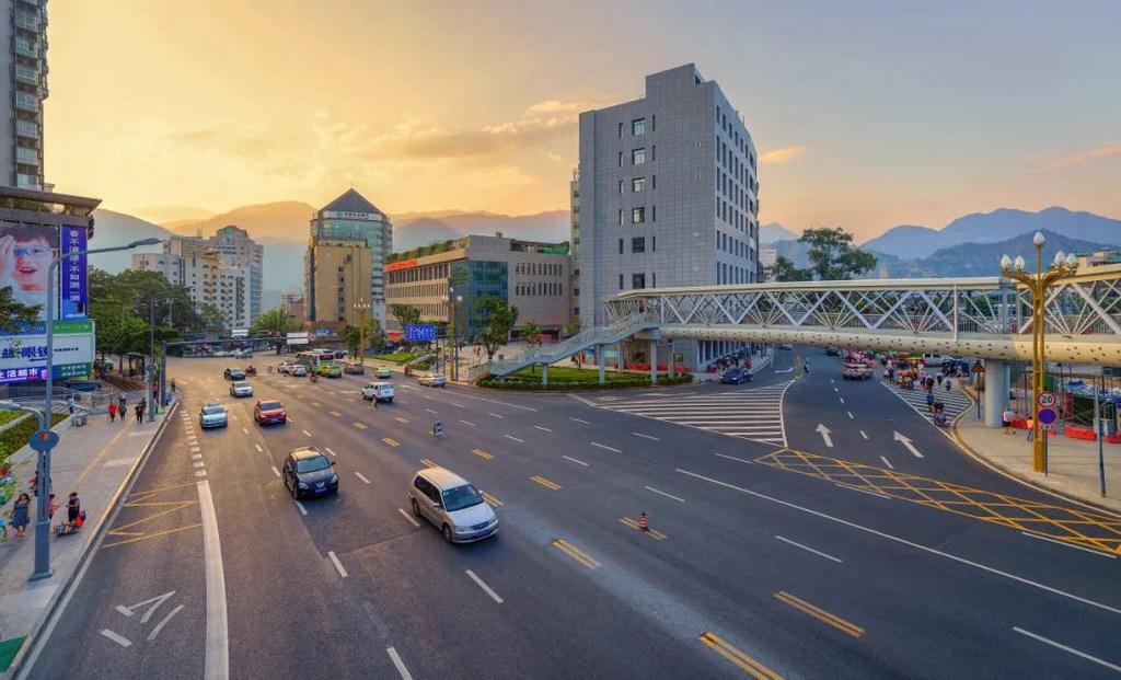 """看路!攀枝花""""治疗""""交通拥堵""""城市病"""",释放城市发展多动力"""