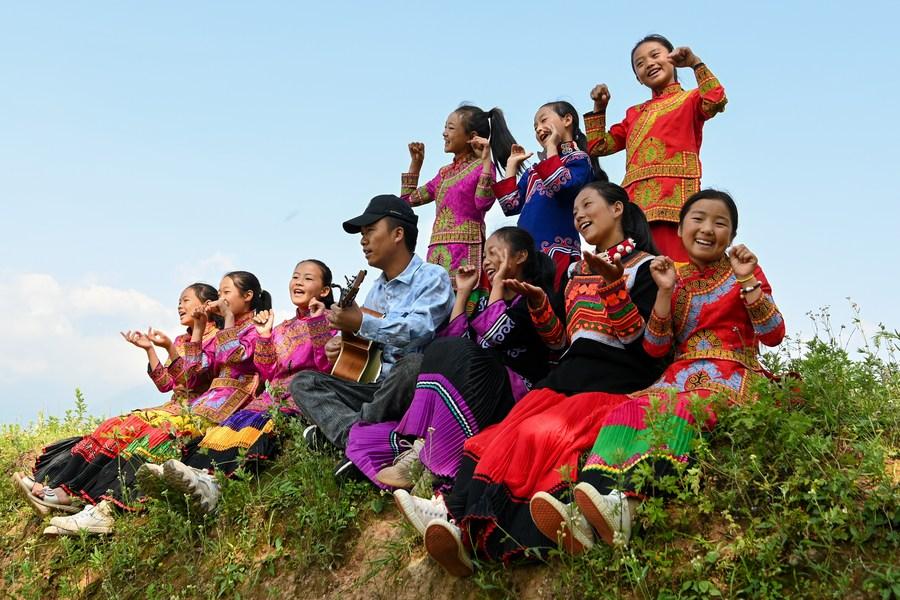 All-girls choir in SW China's Sichuan