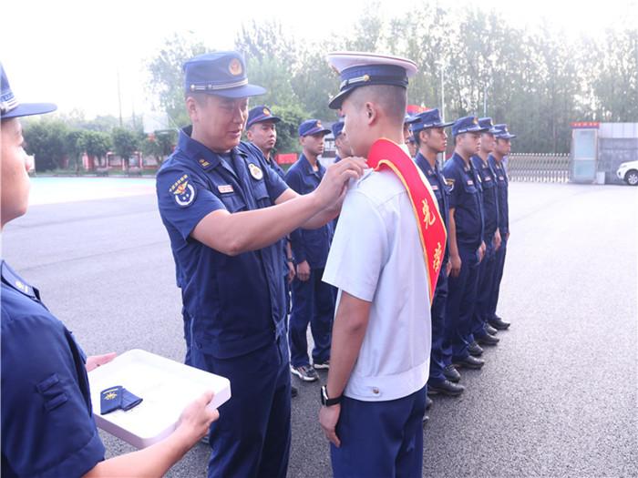 射洪市消防救援大队组织开展消防员退出系列活动