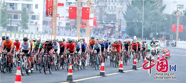 2021年环茶马古道雅安公路自行车赛天全站赛事顺利举行