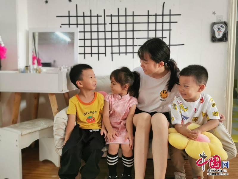 """乐山市实验幼儿园高新区分园 :""""研""""生活 促发展"""