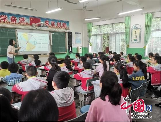 """绵阳市盐亭县高渠小学开展六年级英语""""阅读与写作教学""""同课异构教研活动"""