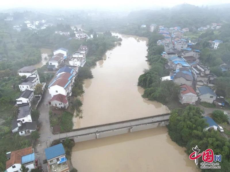 岳池:洪峰顺利过境