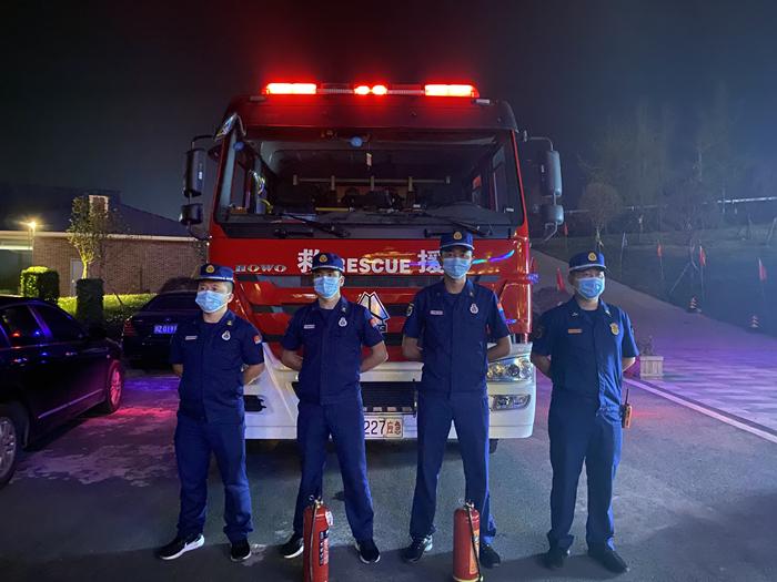 大英县文体路消防救援站多举措做好国庆节执勤战备工作