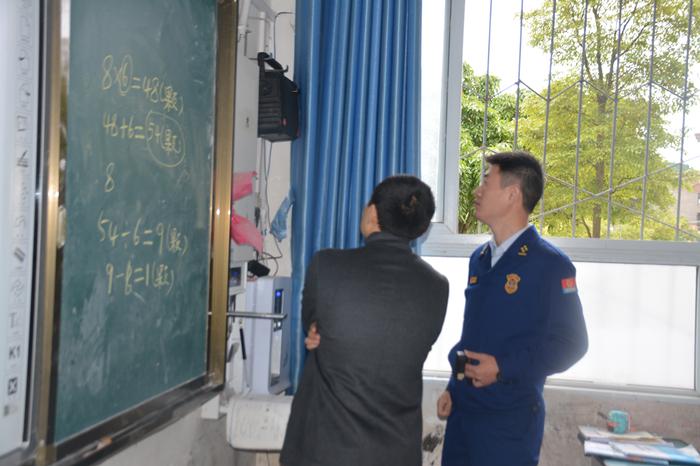 蓬溪消防扎实开展校园消防安全检查工作